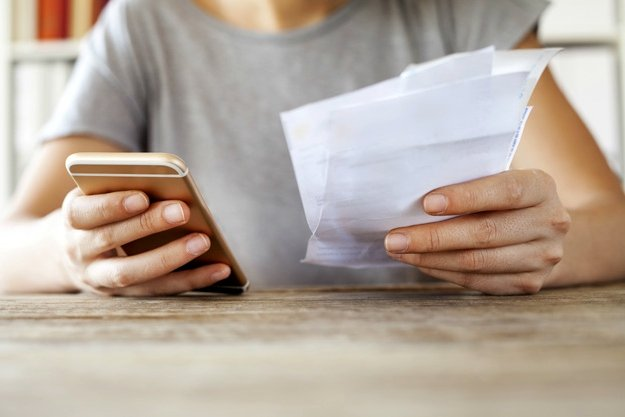 Phone Bills | What Can You Write off on Your Taxes